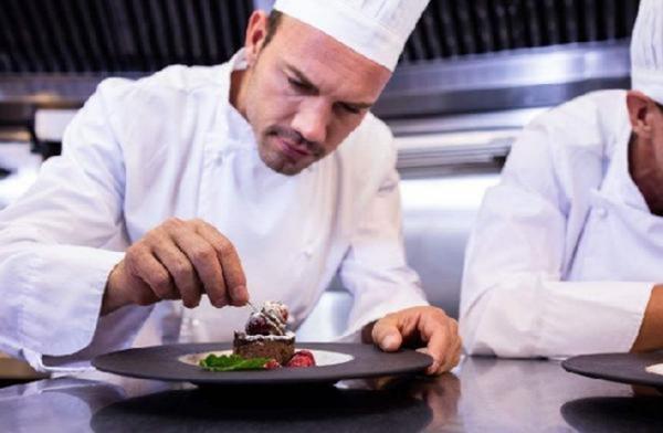 未来餐饮,想学厨师的朋友学什么才能吃香呢?